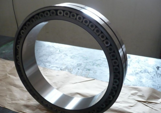 Full Complement Cylindrical Roller Thrust Bearings NSK NTN NU305 With Carbon Steel