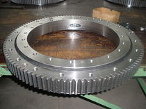 Medical equipment three-row roller slewing ring bearing with gear (1405x1795x220mm)